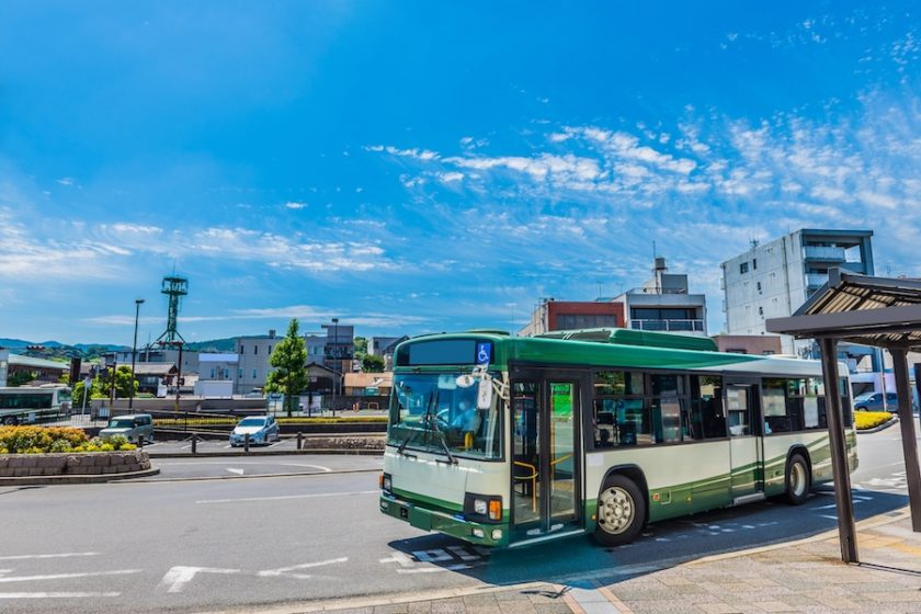 9月20日は『バスの日』。路線バスに深夜バスと全国に約11万台もあるらしい!