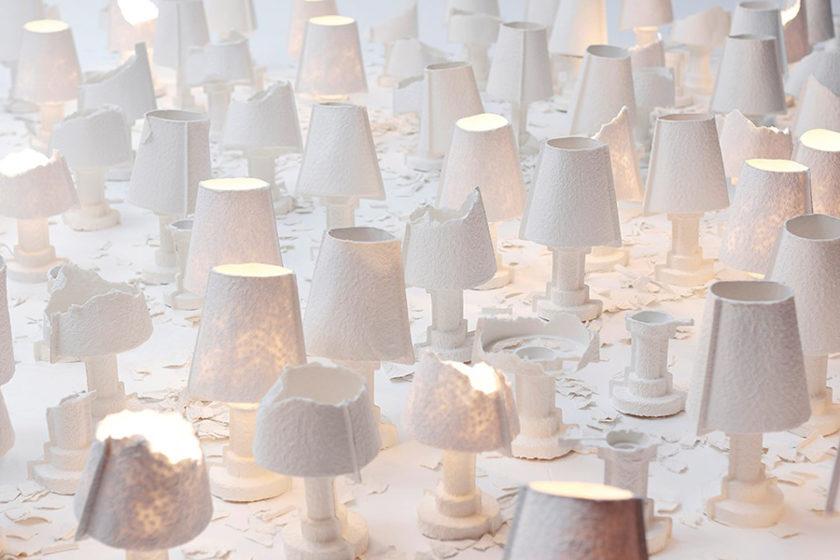 手で自由にちぎって、自分の理想の光や形をつくる紙のランプ「TEARABLE LAMP」!