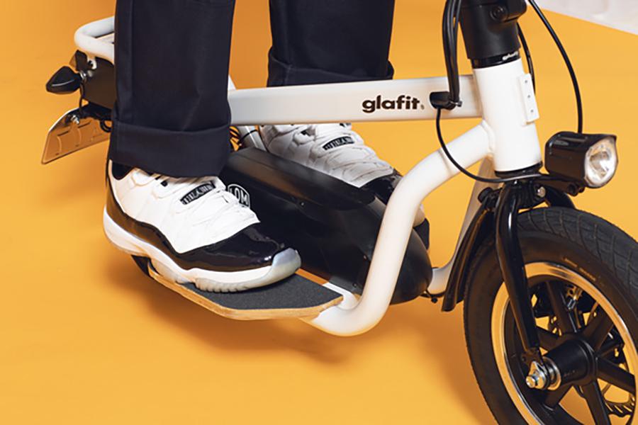 glafit「X-SCOOTER LOM」
