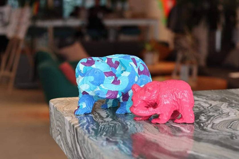 木彫り熊が新たなアートとして蘇る!「Re-Bear Project」