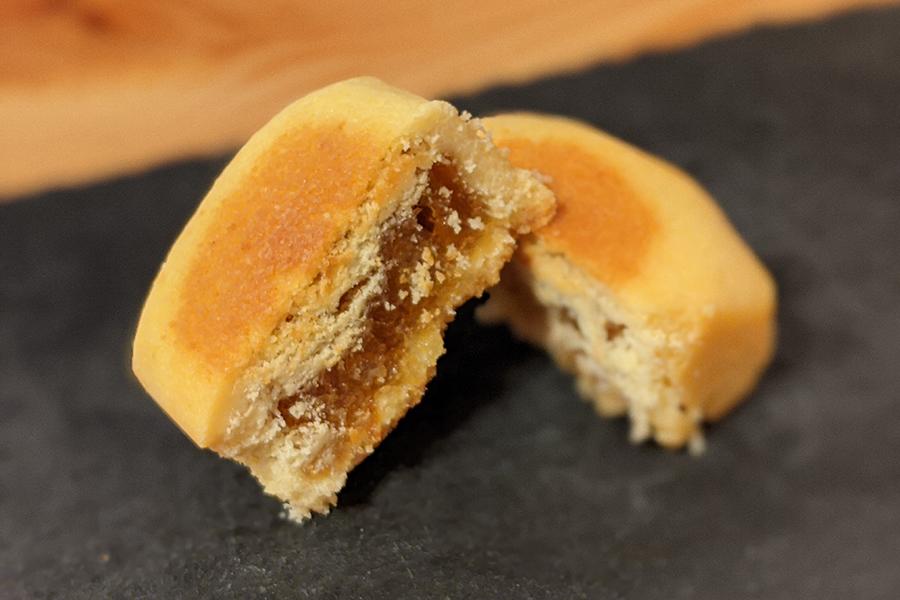 最もオーソドックスなタイプのパイナップルケーキ。甘味と酸味のバランスがちょうど良い