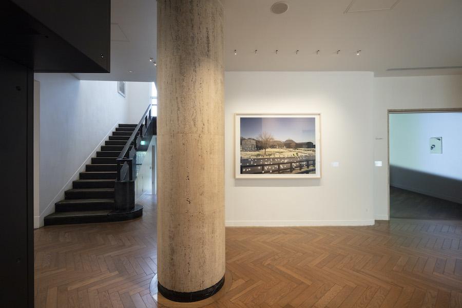 光ー呼吸 時をすくう5人 展示風景画像(《光―呼吸 HaraArc#2》/ 佐藤雅晴) 撮影:城戸保