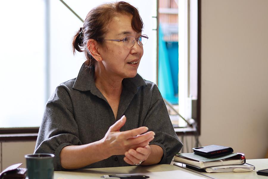 手漉き和紙工房「たにの」の和紙職人である谷野さん photo by ナンスカ