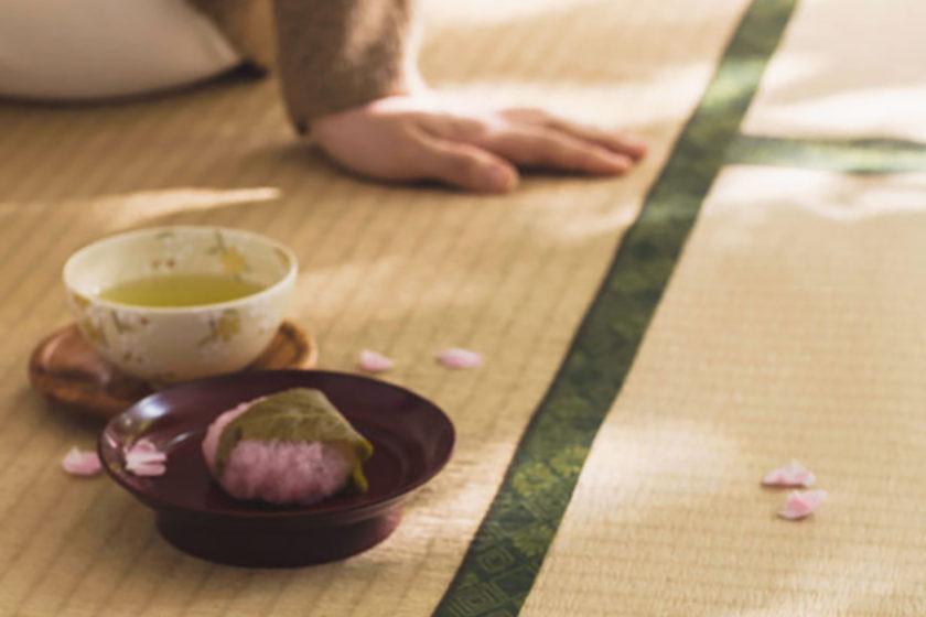 私たちも美しい景色の一部です。「日本の風景を変える 畳(たたみ)シート」