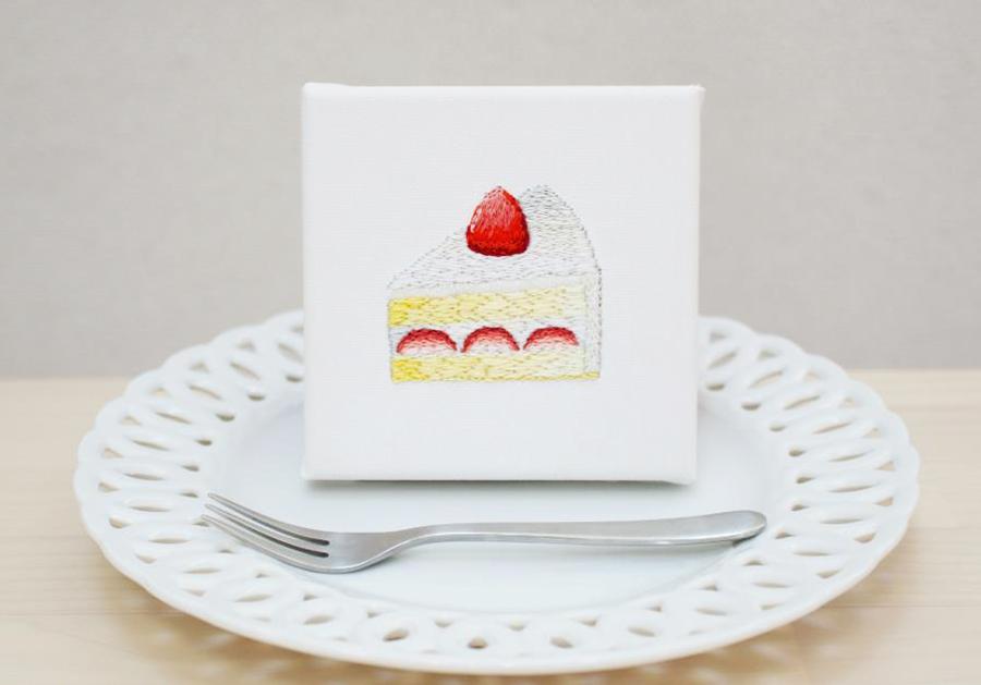 刺繍アーティスト okada mariko 「甘い甘いミルク&ハニー」の作品の一つ