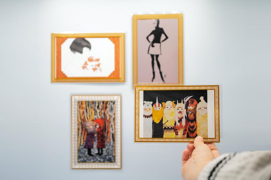 おうちミュージアム 額縁柄のきせかえポストカード袋セット photo by ぷらいまり