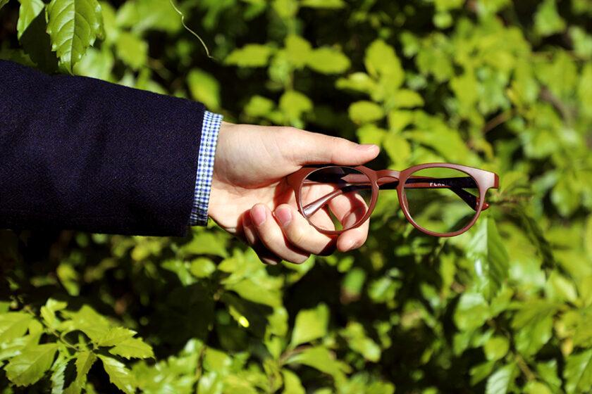 ペットボトル約2本から生まれる!エコで高品質なブルーライトカットメガネ&老眼鏡「PLAGLA(プラグラ)」
