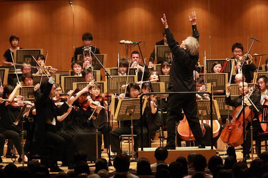 日本フィルハーモニー交響楽団(指揮:アレクサンドル・ラザレフ)